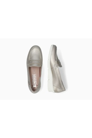 Mephisto Diva smooth leather slip-on shoes for women beige