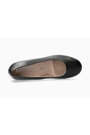 Mephisto Brity smooth leather pumps for women - Black