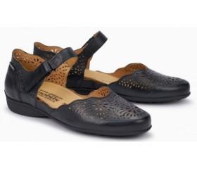 Mephisto Florina perf leather pumps black