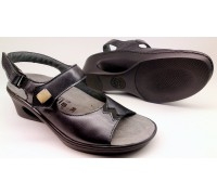 Mobils by Mephisto CAMILA - women's sandal - black leather